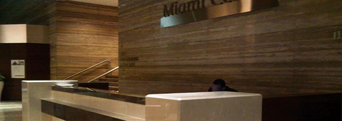 M-Ctr-Front-Desk